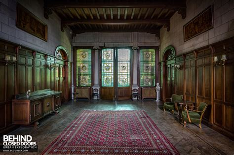 fireplace doors town mansion belgium urbex closed doors