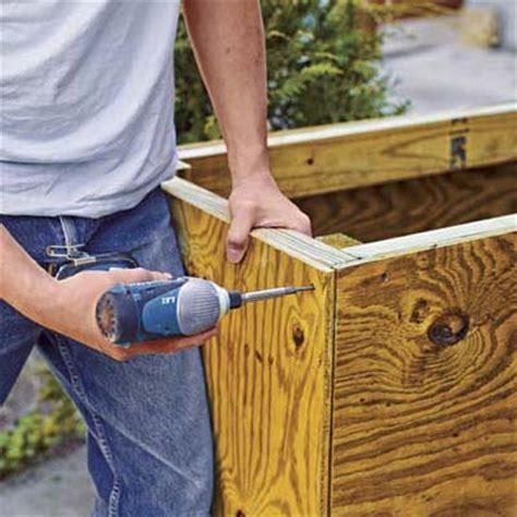 sheathe  frame   build  outdoor kitchen