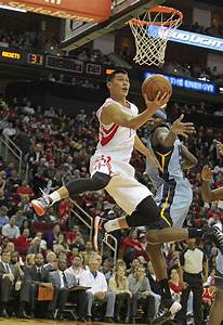 Motiejunas helps Rockets rally past Grizzlies - Houston ...