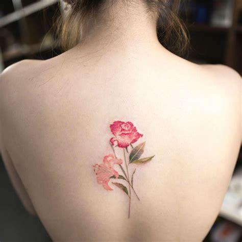 craque pour le tatouage fleur  son infinite de