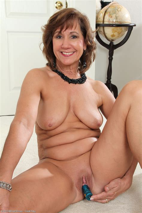 53 year old lynn exclusive milf pictures from