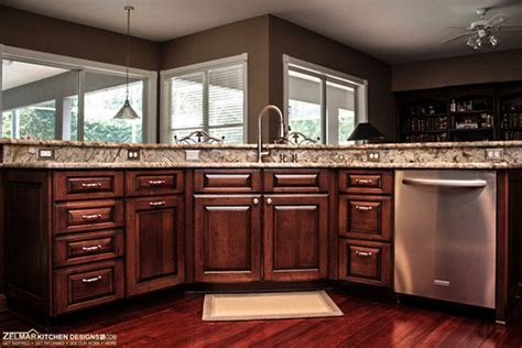 love the 3 sided 2 tier kitchen island, would like more