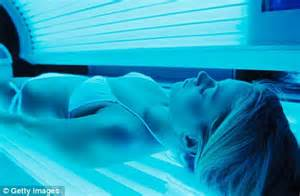 sun poisoning from tanning bed rhonda waits found dead in home tanning