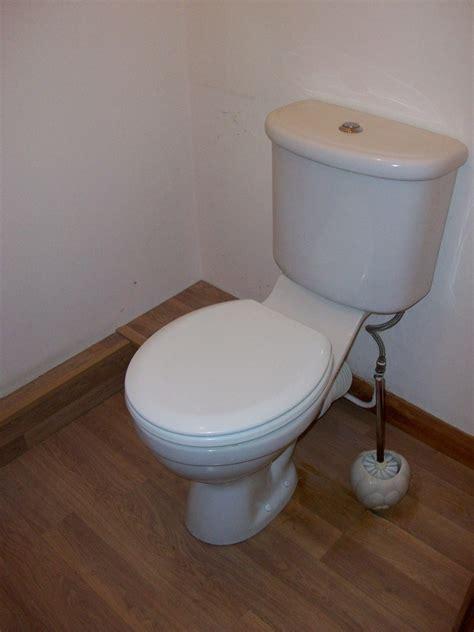 tile cloakroom flrsplashback replace sink  toilet