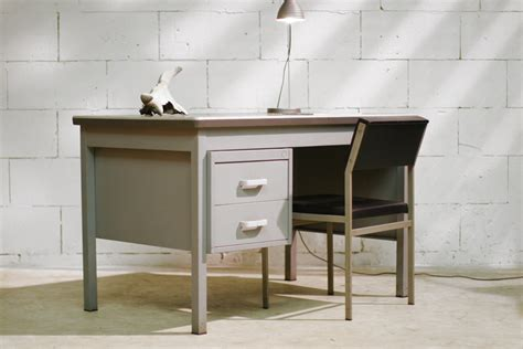 bureau vintage 馥s 50 industrieel vintage zwaar metalen bureau jaren 50 dehuiszwaluw
