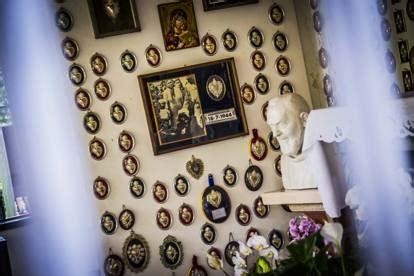 apparizione madonna delle ghiaie addio ad adelaide la veggente bambina frenata dalla