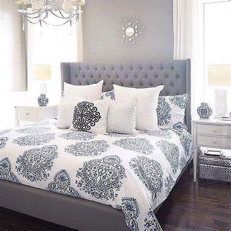 grey bedroom ideas 17 best ideas about pillow arrangement on bed 11747   e05113c9beb0538e4b35d51fc49925b7