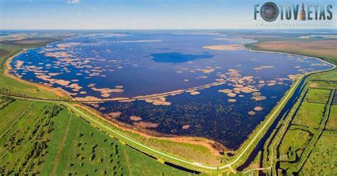 Foto: Teiksmainais Lubāna ezers no putna lidojuma - DELFI