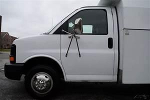 06 Chevrolet Express Cutaway Utility Van 6 0l Vortec Gas