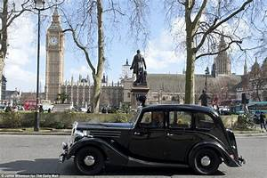 Police vehicles from Scotland Yard's historic 'Z Cars' fleet tour the capital Daily Mail Online