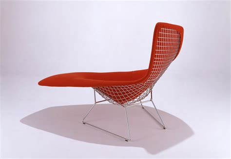 chaises bertoia bertoia asymmetric chaise by knoll stylepark