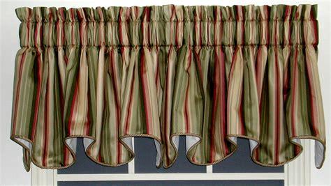 Striped Valances by Scalloped Valances