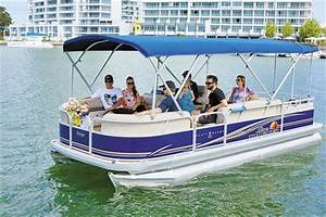 Sun Tracker Party Barge 22 DLX pontoon boat review | Trade ...