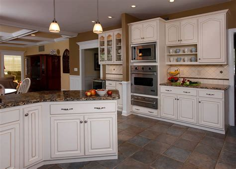 Most Popular Kitchen Cabinets Color   Home Design Ideas