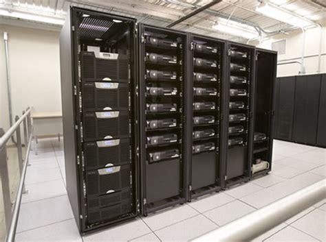 4 Ways To Improve Server Room Airflow  Colocation America