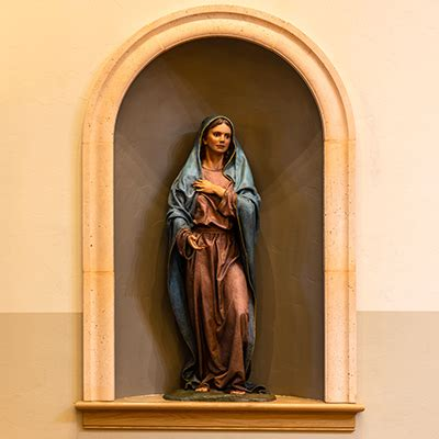 blessed sacrament chapel st the apostle parish 165   DAN01116s