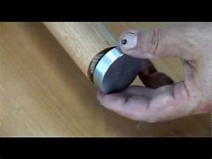 Main Courante En Bois : fixer une main courante en bois fix a wooden handrail ~ Nature-et-papiers.com Idées de Décoration