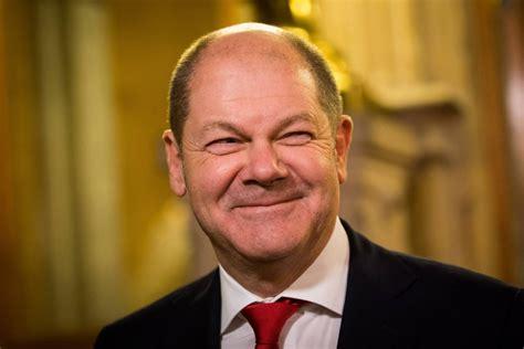 Juni 1958 in osnabrück) ist ein deutscher politiker (spd). Olaf Scholz laut Umfrage SPD-Hoffnungsträger