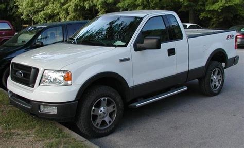 automotive service manuals 2008 ford f series super duty interior lighting ford f150 2004 to 2008 factory service repair manual best manuals