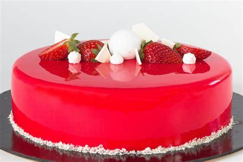 Zemeņu-vaniļas kūka - Kūkas - Cake Fab kūku veikals