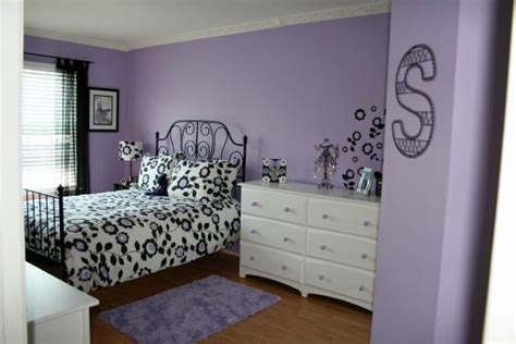 wall paint colors rate wall color is called wisteria by sherwin williams i might try this in my craft room oct 12