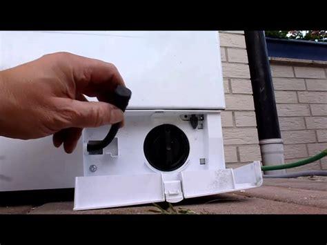 bosch waschmaschine fehlermeldung e18 waschmaschine teil 10 serviceklappe wasserablauf wasserpumpe t 252 r 246 ffner
