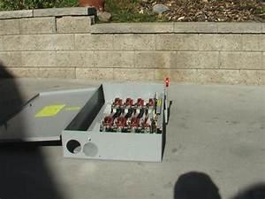 Cutler Hammer Dt464ugk 200 Amp  4 Pole Transfer Switch