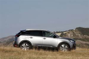 Peugeot 3008 Prix Neuf Essence : essai peugeot 3008 1 2 puretech 130 allure le test du 3008 essence photo 10 l 39 argus ~ Medecine-chirurgie-esthetiques.com Avis de Voitures