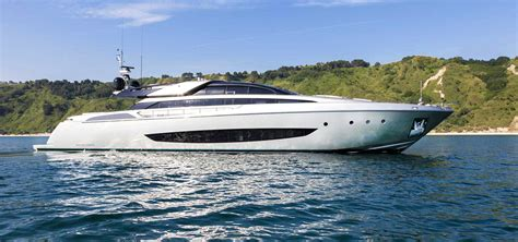 Riva Boats 2018 by Riva Yachts For Sale Riva Boats Fraser Yachts 2017 2018