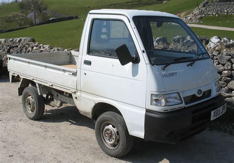 Daihatsu Trucks by Daihatsu Hijet Light Trucks Commercial Vehicles