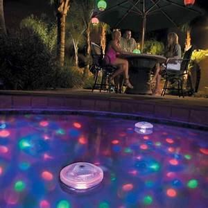 Eclairage Terrasse Piscine : eclairage flottant piscine ambiance disco irrijardin ~ Preciouscoupons.com Idées de Décoration