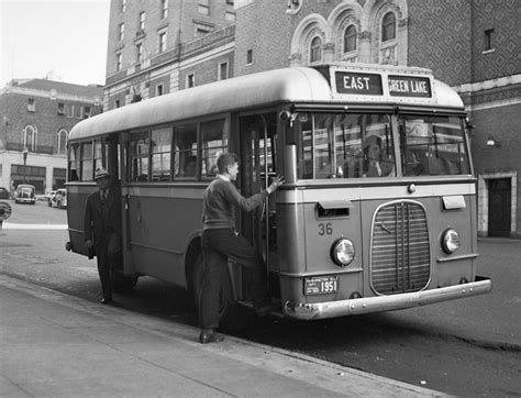 ford transit bus wikipedia