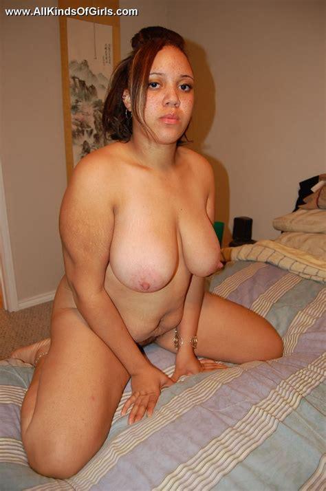 chubby latina pussy pics 15970 chubby latin milf opens he