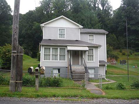 hatfield mccoy trails cabins crumpler house 3 atv resort