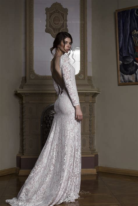 Backless Wedding Dress Albertа Stunning Gown Features
