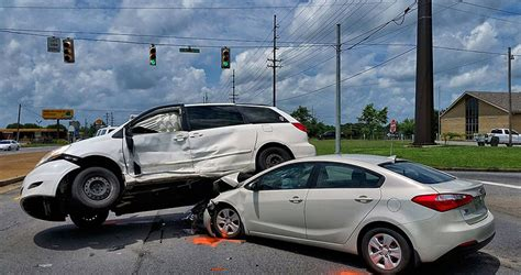 Intersection Traffic Accidents