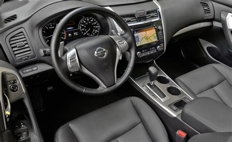 2018 Nissan Maxima Redesign Changes Price Pictures