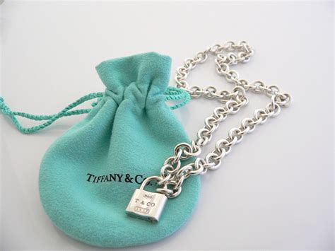 Tiffany & Co 1837 Padlock Lock Charm Necklace Pendant 16.25 In Chain Jewelry Engraving Gilbert Az Nordstrom Jobs Engravable Tray Pearls Topshop Photo Worcester Designers