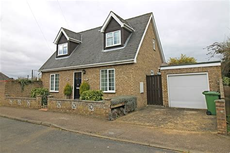 chalet style homes for sale detached chalet style home in pinfold gatehouse estates
