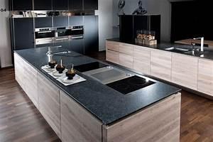 Granit Arbeitsplatten Küche Vor Und Nachteile : k chenarbeitsplatte aus granit vorteile und nachteile einer granitplatte in der k che ~ Eleganceandgraceweddings.com Haus und Dekorationen