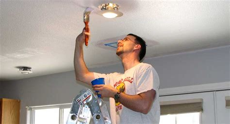 peindre plafond sans trace comment peindre un plafond peinture plafond