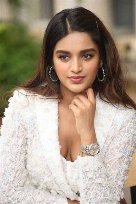 Actress Nidhi Agarwal Ismart Phots Tupaki English
