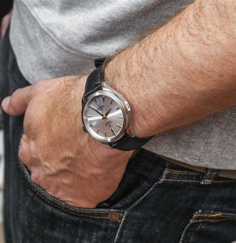 swiss army silver black tudor style review ablogtowatch