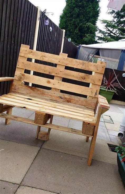 made out of pallets diy pallet bench and coffee table