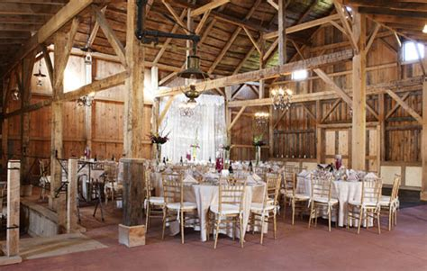 barn  hogs hollow farm  lm townsend catering