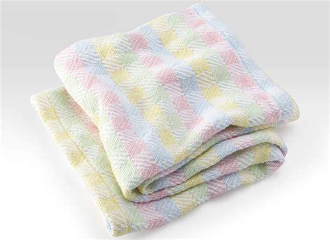 4 Memorable Baby Shower Gifts Every Mother-to-be Will Love Sunbeam King Electric Blanket Dual Control Primark Baby Fleece Dimensions Of A Full Size Bed How To Make Knitted Patchwork Smythe Hbc Coat Can Sleep With Security Hot Dogs In Bisquick Chart For Knitters