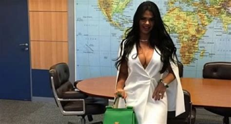 Almost Nude Photos Of Brazil S Minister S Wife Cause Uproar On Social Media Sputnik International