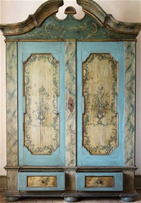 repurpose kitchen cabinets 17 best images about country decor on 4769