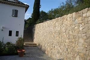 carrelage mur exterieur awesome carrelage gris mural et With enduire un mur en pierre exterieur