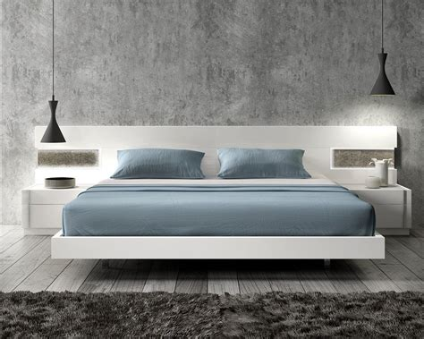 mattress and furniture lacquered graceful wood luxury platform bed with